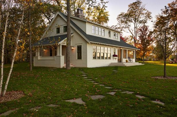 Traditional Exterior by David Heide Design Studio