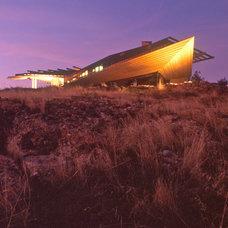 Modern Exterior by Arthur Dyson Architects