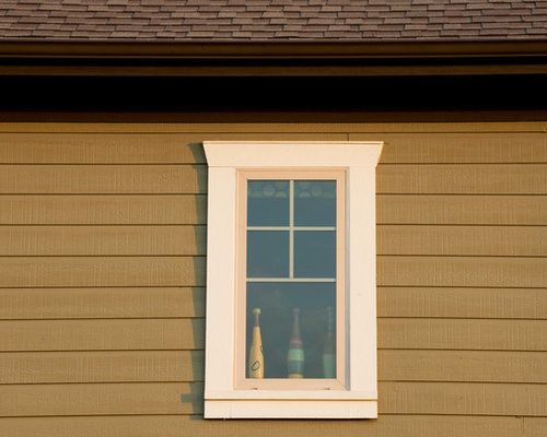 Craftsman window trim home design ideas pictures remodel for Decorative window trim exterior