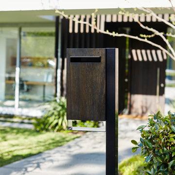 Javi Letterbox - Post Mount