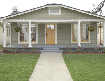 Jefferson Park Craftsman bungalow