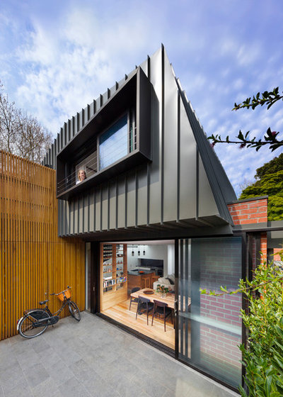 Contemporary Exterior by Mcmahon and Nerlich
