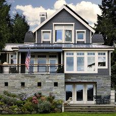 Traditional Exterior by GR Home/Graciela Rutkowski Interiors