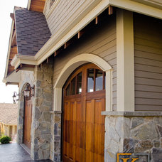 Traditional Exterior by K2 Stone Quarries