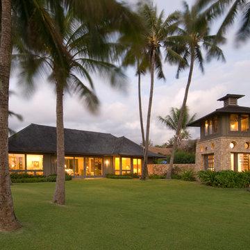 Kailua Oceanfront Courtyard Residence