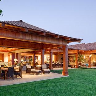 Foto della facciata di una casa tropicale a un piano