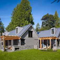 Rustic Exterior by David Vandervort Architects