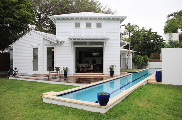 Tropical Exterior by Ashley Cole Design