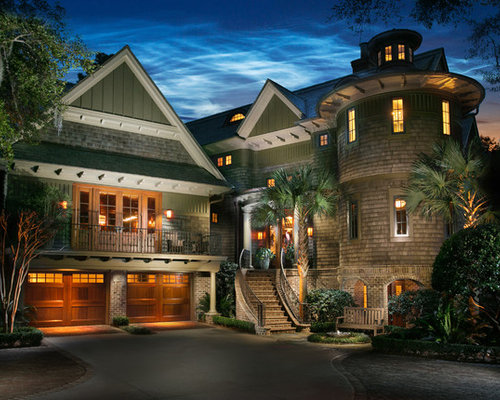 Huge tropical green mixed siding exterior home idea in charleston