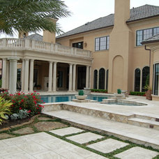 Traditional Exterior by King Residential, Inc.