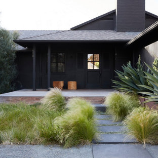 Inspiration for a black exterior home remodel in Los Angeles