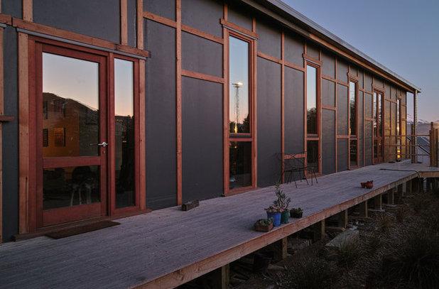 Traditional Exterior by MCAS - Max Capocaccia Architecture Studio
