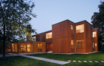 Louis Kahn's Modern Residential Masterpieces Get Coverage at Last