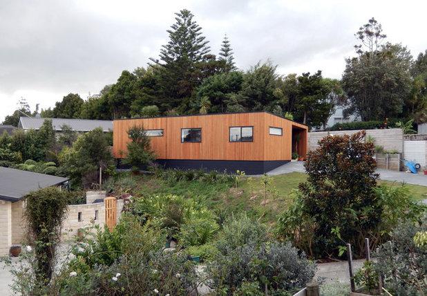 Contemporary Exterior by BK Design
