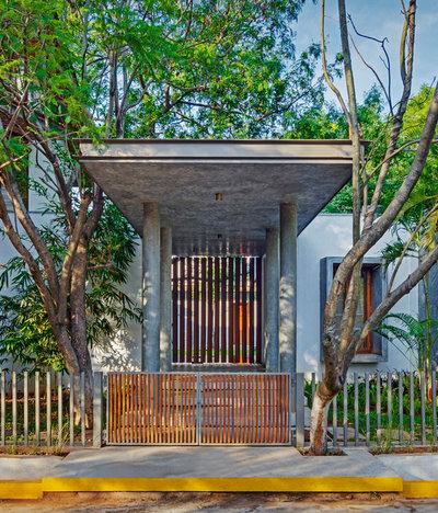 Contemporary Exterior by Khosla Associates