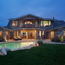 Traditional Exterior by wikwood associates