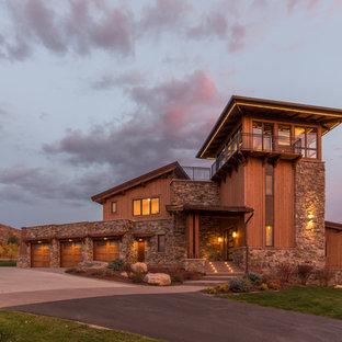 デンバーのコンテンポラリースタイルのおしゃれな家の外観の写真