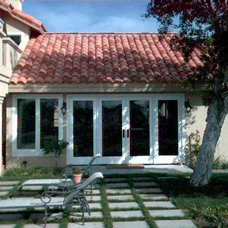 Traditional Exterior by Window Concepts Inc.