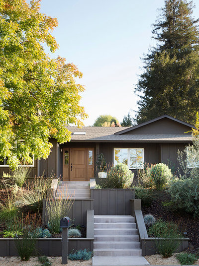 Transitional Exterior by Libby Raab Architecture
