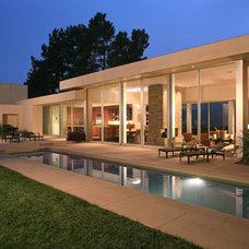 Modern Exterior by Minardos Group