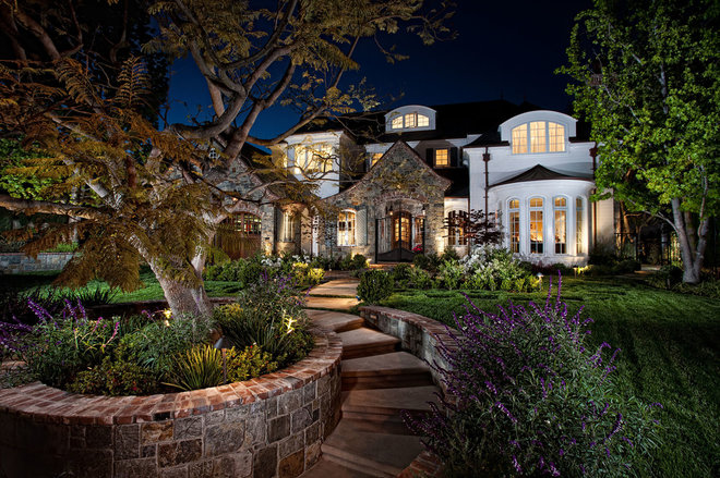Traditional Exterior by GRADY-O-GRADY Construction & Development, Inc.