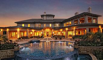 Lake Austin Luxurious Transitional by Zbranek & Holt Custom Homes