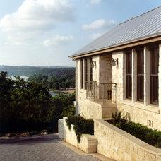 Traditional Exterior by Steinbomer, Bramwell & Vrazel Architects