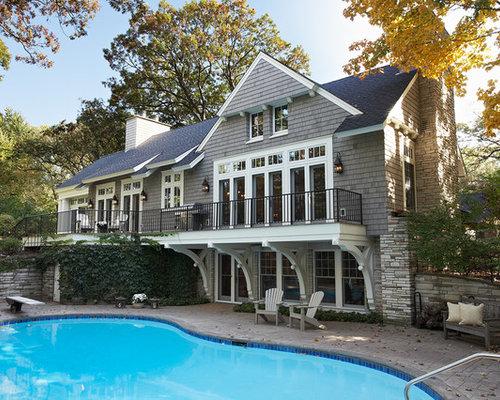 Idee e foto di facciate vittoriane backyard deck for Piani di costruzione brownstone