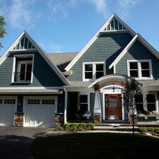 Traditional Exterior Lake Home - Exterior