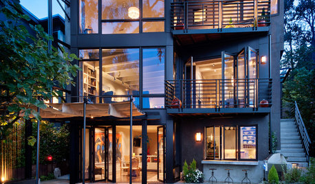 Houzz Tour: A Glass-walled Seattle House With Stunning Lake Views
