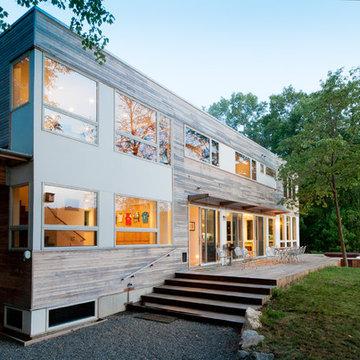 Lake Iosco House exterior
