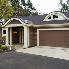 Traditional Exterior by Riverland Homes Inc