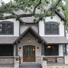 Traditional Exterior by Leslie McDonnell ReMax Realtor