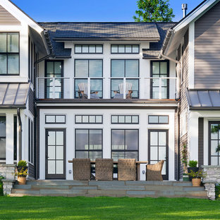 Large traditional exterior home idea in Minneapolis