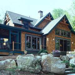traditional exterior by Timberpeg Timber Frame