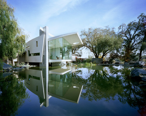 Contemporary Exterior by Mark Dziewulski Architect