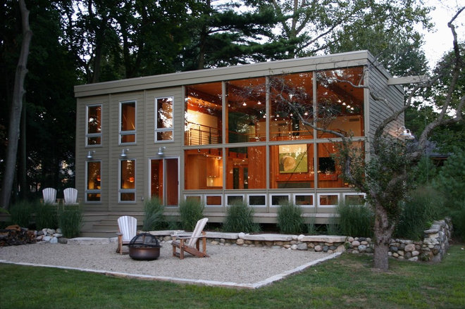 Modern Exterior by Carr Warner, Architects