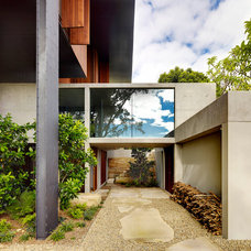 Modern Exterior by Join Constructions