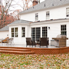Traditional Exterior by Lane Homes & Remodeling Inc.