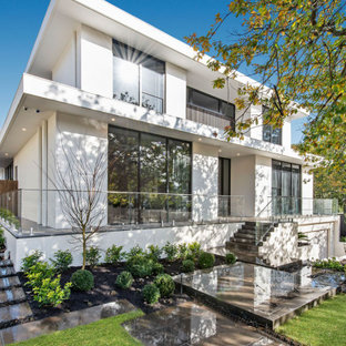 Large contemporary exterior in Melbourne.