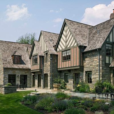 Elegant two-story exterior home photo in Philadelphia