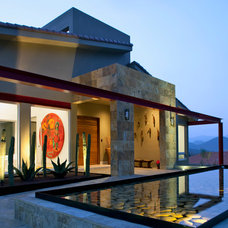 Contemporary Exterior by Adrian Martinez Arquitectos