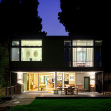 Midcentury Exterior by Daniel Sheehan Photography