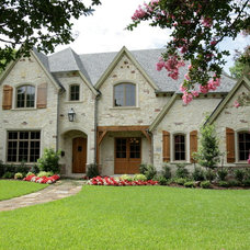 Traditional Exterior by Edinburgh Custom Homes, Inc.