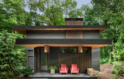 Houzz Tour: A Modern Cottage Treads Lightly in the Forest