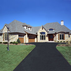 Traditional Exterior by Barenz Builders