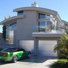 Modern Exterior by Cohn + Associates