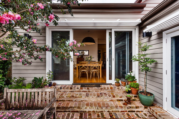 Traditional Exterior by Kate Mountstephens Architecture+Heritage