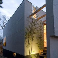 Contemporary Exterior by Erla Dögg ingjaldsdóttir