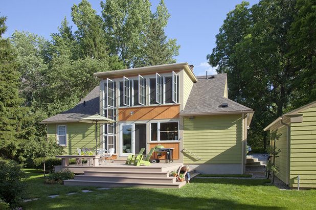 Transitional Exterior by Burr & McCallum Architects